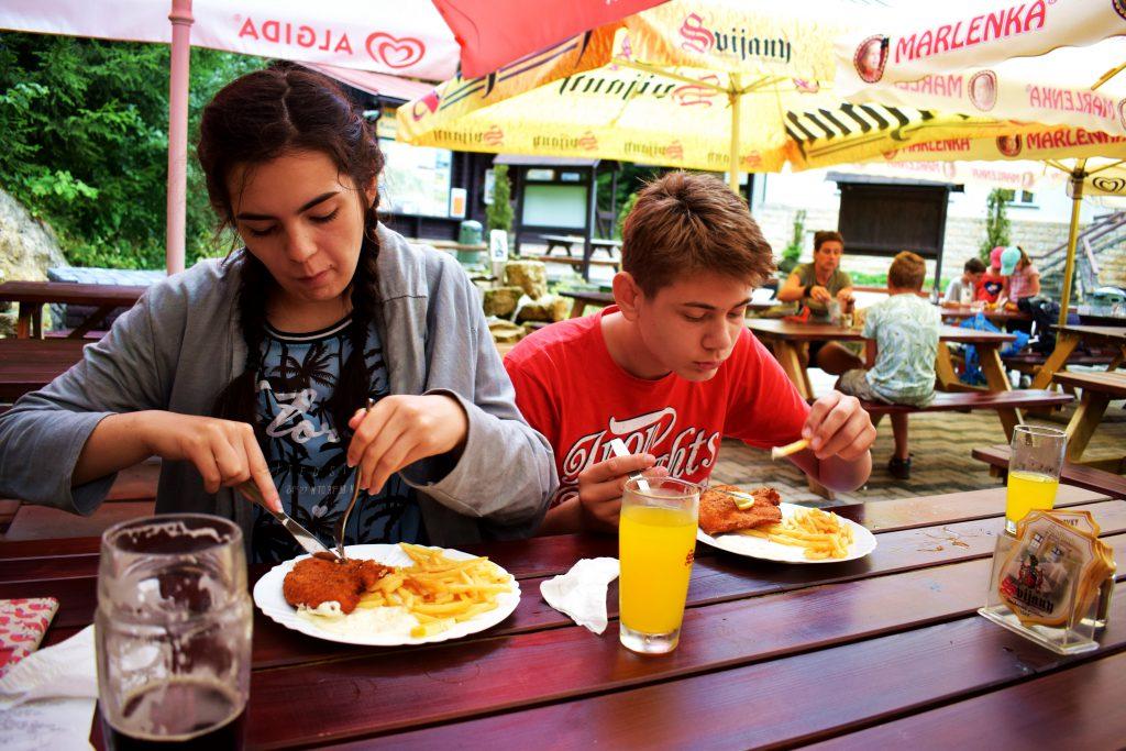 Skalne Miasto w Teplicach-w końcu można coś zjeść
